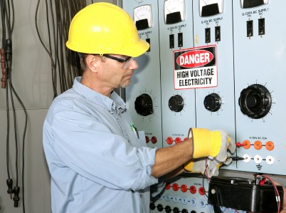 Extreme Electrical Service LLC industrial electrician in Pleasant Valley MO.
